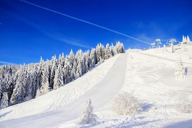 Winter landscape in the mountains Premium Photo