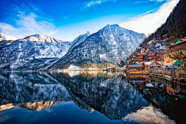 ハルシュタットの冬景色 Premium写真
