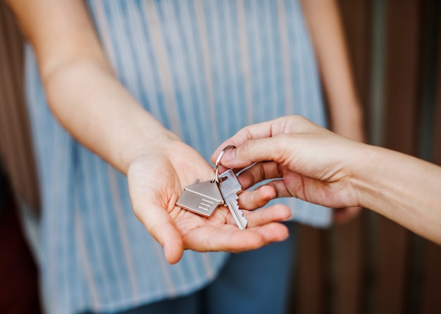 Woman buying a new house Premium Photo