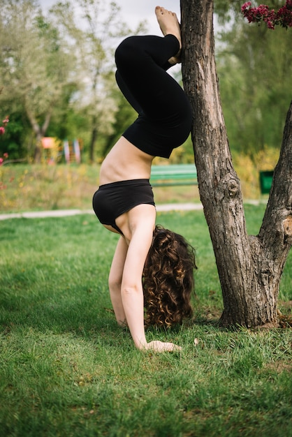 Chicks doing handstands — photo 2