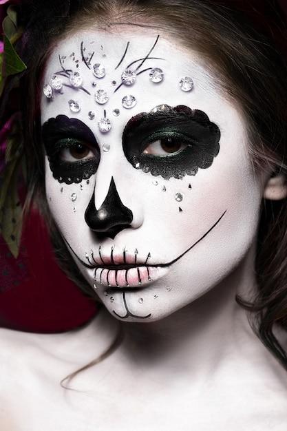 Woman in halloween makeup Premium Photo