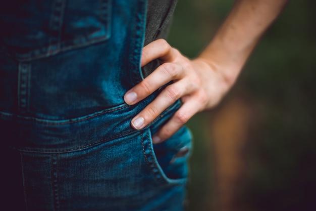 Рука женщины на бедре Бесплатные Фотографии