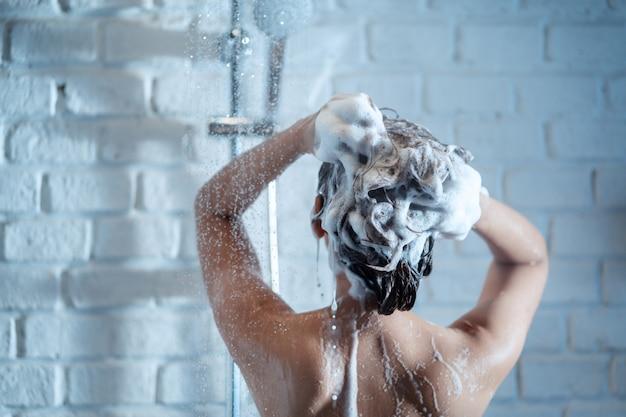 샤워 여자 무료 사진