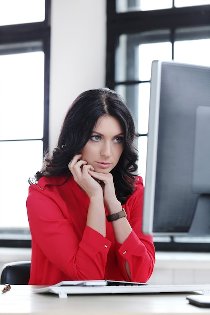 Woman in the office Free Photo