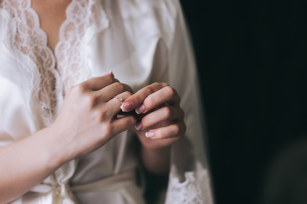 Woman tries on her beautiful ring Premium Photo