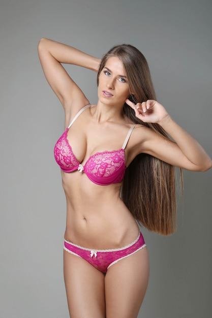 Donna con bel corpo Foto Gratuite