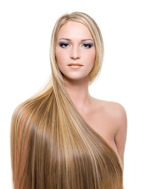 Donna con capelli biondi lunghi dritti Foto Gratuite
