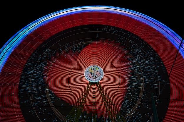 Чудо-руль с красными лампочками Бесплатные Фотографии