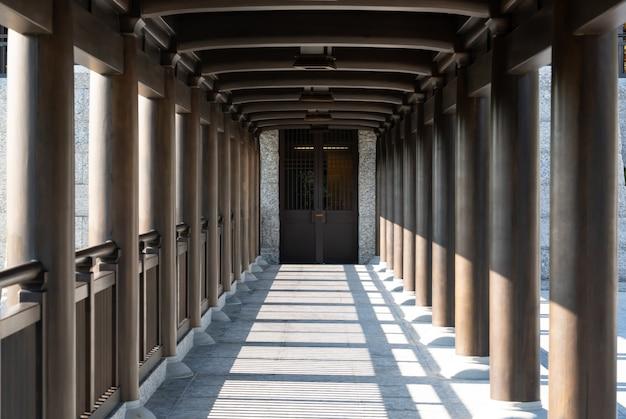 Wood pillar in chinese temple Premium Photo