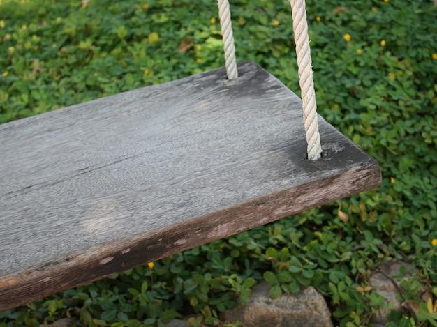 Wood swing Premium Photo