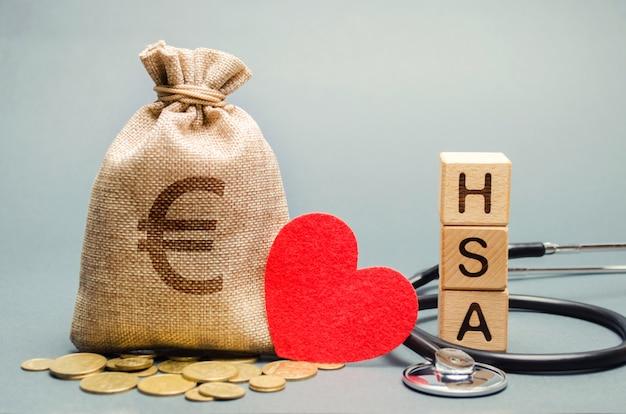 Деревянные блоки со словом hsa Premium Фотографии