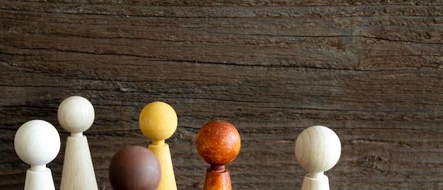 木製のチェスの駒のクローズアップ 無料写真