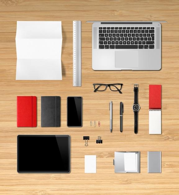 木製オフィスデスクのブランディング。上面図 Premium写真