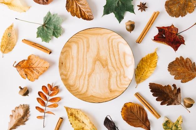 Деревянная тарелка из отпуска Бесплатные Фотографии