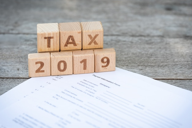 Word block tax 2019 on tax form Premium Photo