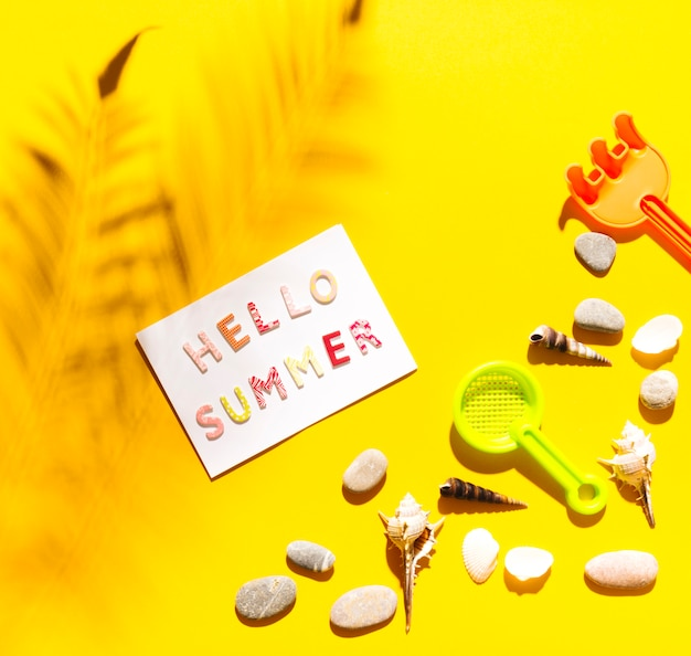 Words hello summer on paper Free Photo