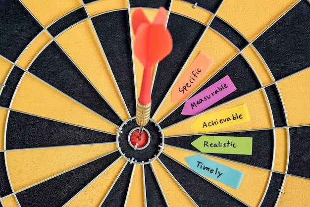 Words smart goals with dart target on dartboard Free Photo
