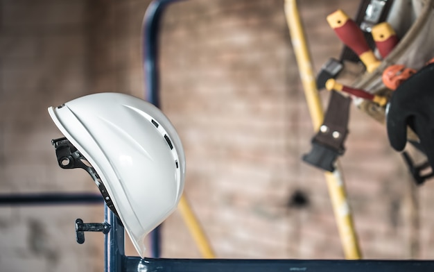 작업 건설 도구. 빌더의 액세서리. 집과 집 리노베이션 개념. 무료 사진