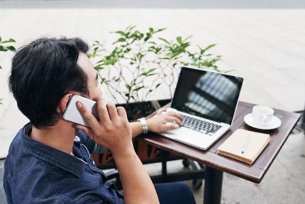 telepon tips kerja dari rumah