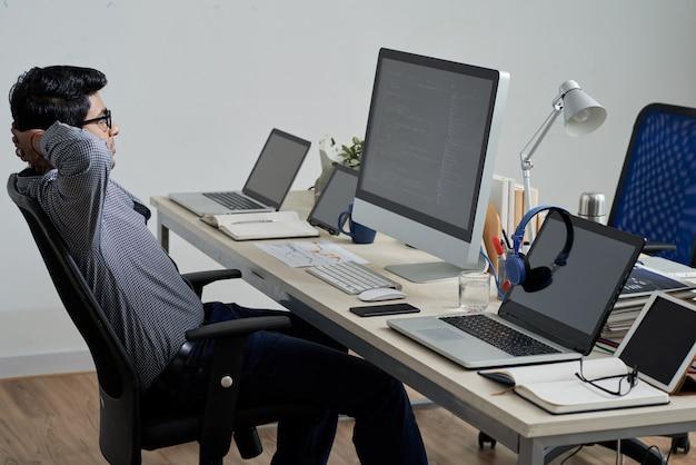 Working programmer Free Photo