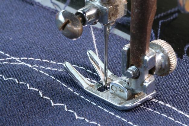 Working with sewing machine Premium Photo