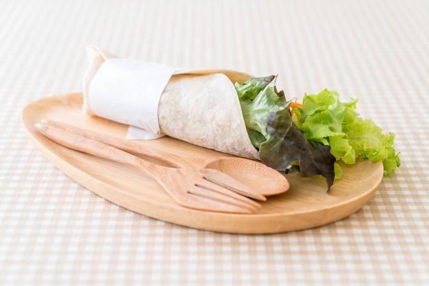 Wrap salad roll Premium Photo