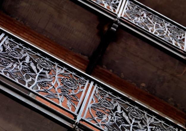 Wrought iron railing in the chelsea hotel in manhattan, new york city, u.s.a. Premium Photo