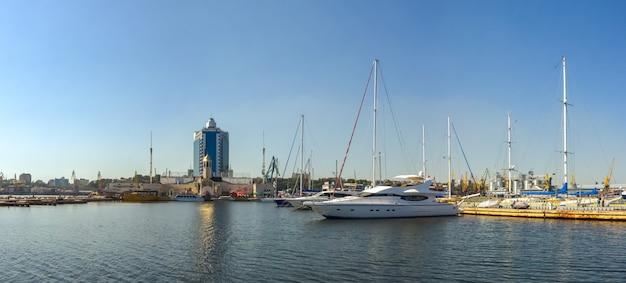 Yacht parking in the seaport of odessa, ukraine Premium Photo