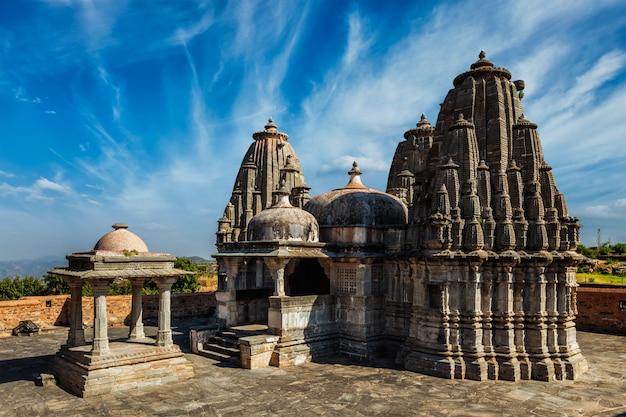 クンバルガー砦のヤギャマンディルヒンドゥ寺院。インド Premium写真