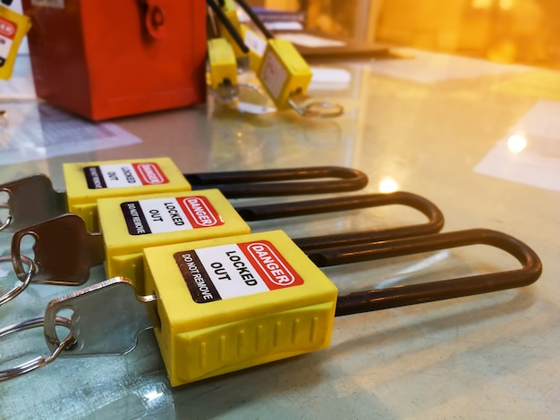 Yellow key lock and tag for process cut off electrical,the