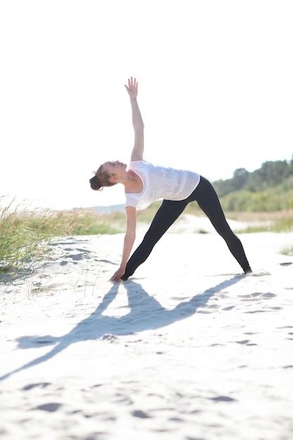 Йога на пляже Бесплатные Фотографии