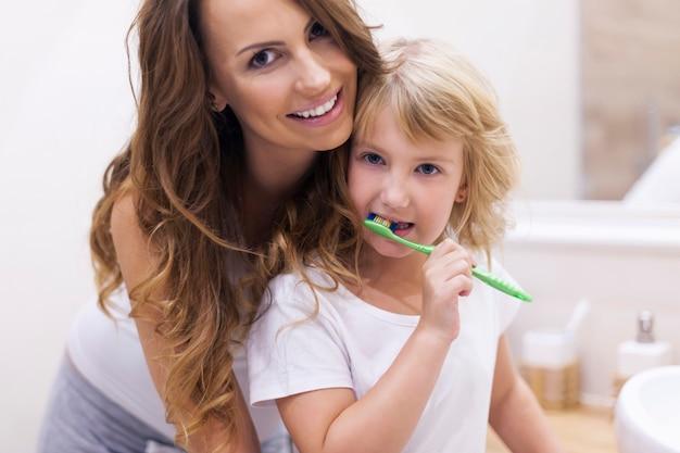 Devi prenderti cura dei tuoi denti Foto Gratuite