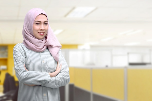 Young asian muslim woman with headscarf Premium Photo