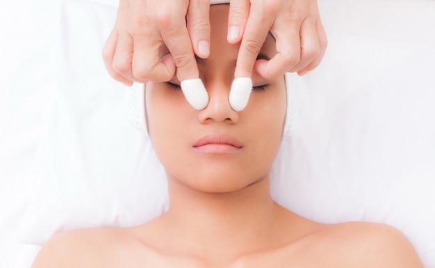 Facial hand spa treatment