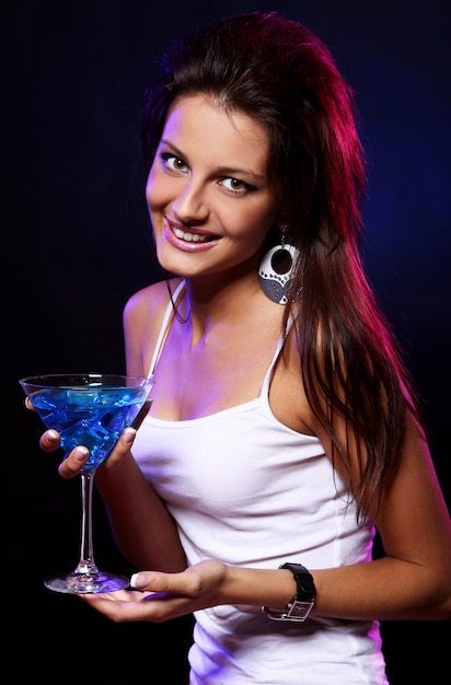 Young and beautiful woman in the nightclub Free Photo