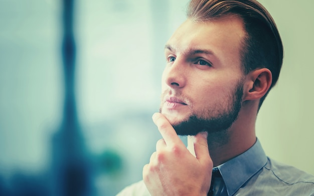 Young businessman in his office Premium Photo