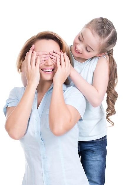 若い娘は手を閉じるお母さん-孤立 無料写真