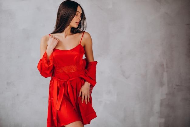Молодая женская модель в нижнем белье Бесплатные Фотографии