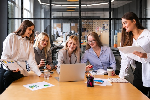 Young female at work meeting mock-up Free Photo