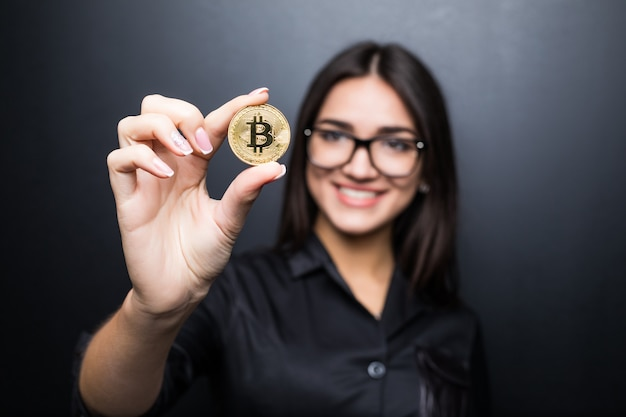 What to Look For Buying Web Hosting Using Bitcoin?