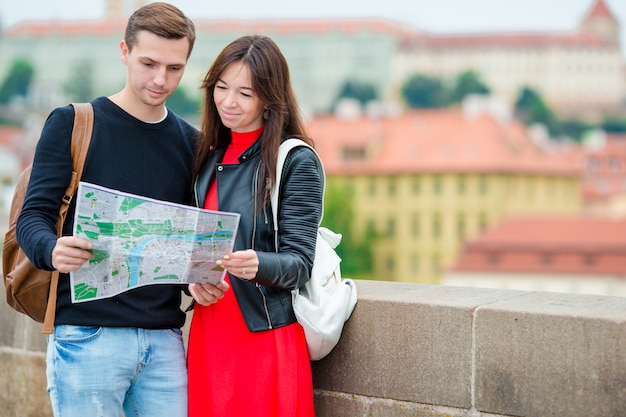 Student dating Europa