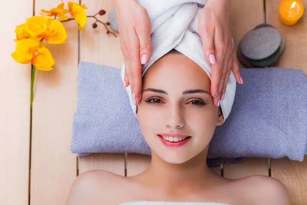 Young woman in spa concept Premium Photo