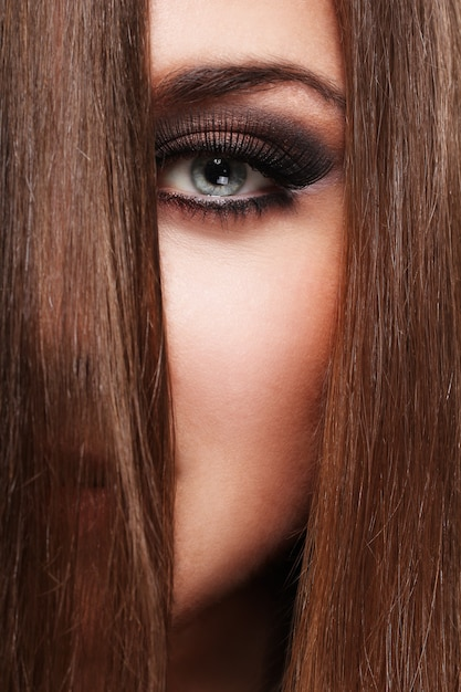 Young woman with beautiful hair Free Photo