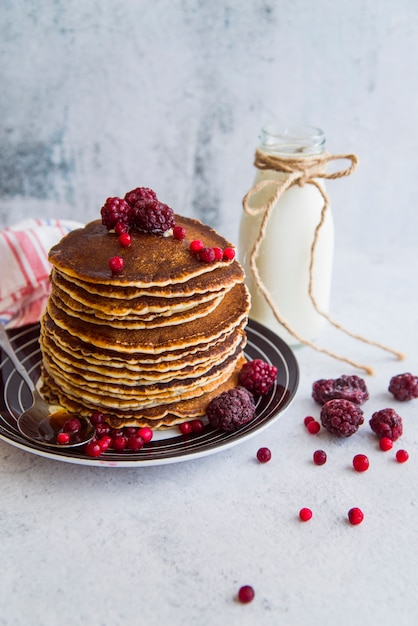 Yummy pancakes with berries Free Photo
