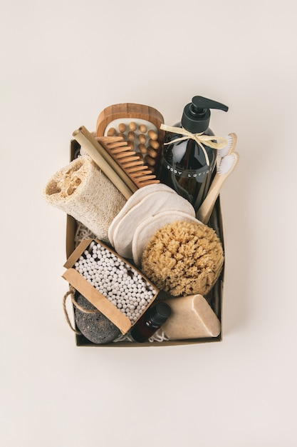 Zero waste beauty body care items on color paper background Premium Photo