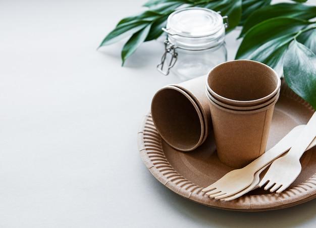 Zero waste concept, paper tableware Premium Photo