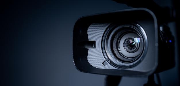 Камера и объектив zoom, крупным планом фото Premium Фотографии