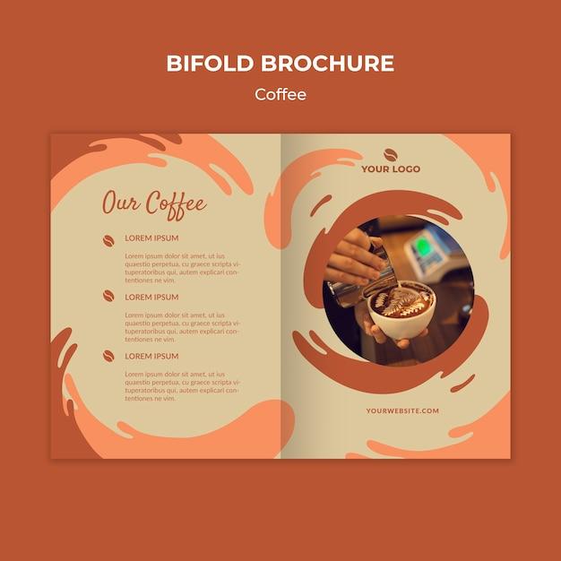 コーヒーコンセプト2つ折りパンフレットモックアップ 無料 Psd