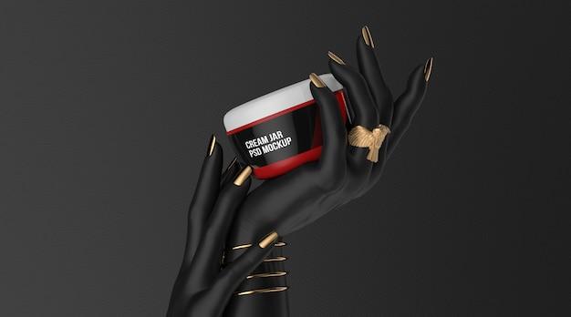 Косметическая банка с кремом на черной руке 3d визуализации макет Premium Psd