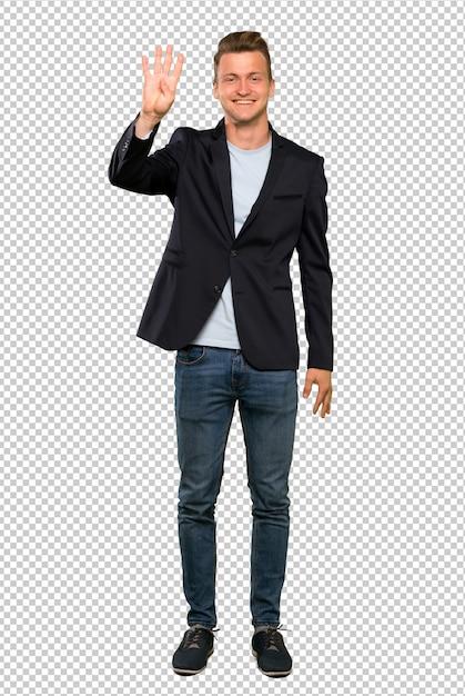 幸せで、指で4を数える金髪のハンサムな男の完全な長さのショット Premium Psd